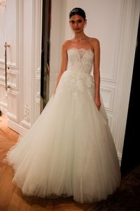 Monique Lhuillier Roma Wedding Dress