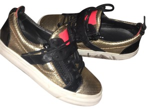 Giuseppe Zanotti Gold, black, pink Athletic