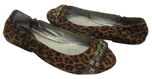 Gianni Bini Size 8.50 M Animal Design Neutral, Brown, Black Flats
