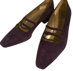 Saint Laurent Purple Pumps