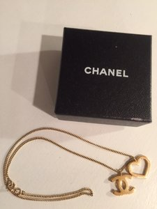 Chanel * Trusted Seller * Gold-Toned CC Logo Heart Necklace w/ Box
