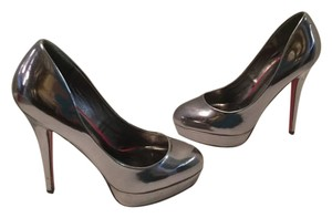 ShoeDazzle Pewter stiletto heels padded insoles pump Platforms