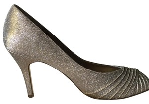 Adrianna Papell Gold Metallic Pumps