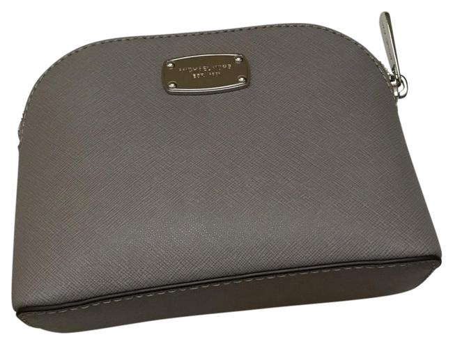 Item - Pearl Grey Travel Pouch Cosmetic Bag