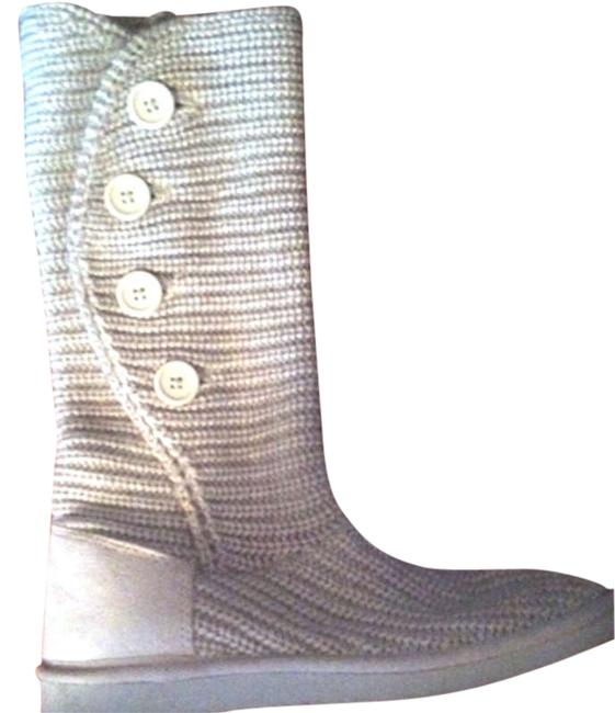 Item - Light Grey/White Boots/Booties Size US 9.5