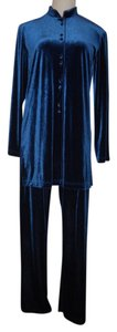 Coldwater Creek Cold Water Creek 2piece pants suit. Size:Medium.Excel. cond.