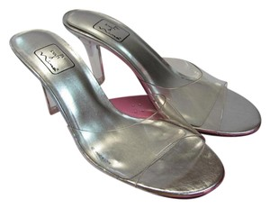 Nina New Size 9.50 M Clear Sandals