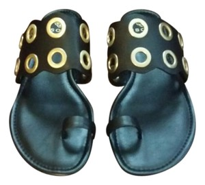 Isola Leather Gold Rivets Toe Ring Chic black Sandals