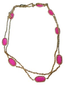 Kendra Scott Kendra Scott Kelsie Station Necklace in Magenta and Gold