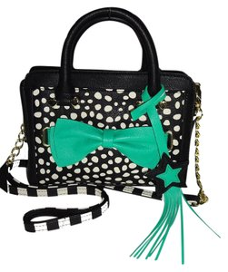 Betsey Johnson Cross Body Faux Leather Trim Satchel in black/green