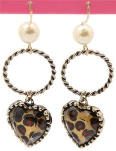 Betsey Johnson NWT Betsey Johnson White Pearl Hoop Heart Drop Earrings