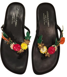Donald J. Pliner black w/multi fruit and leaves Sandals