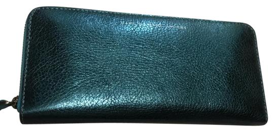 Preload https://item3.tradesy.com/images/marc-by-marc-jacobs-metallic-blue-calfskin-blue-bi-colored-zip-in-two-shades-of-wallet-19783987-0-3.jpg?width=440&height=440