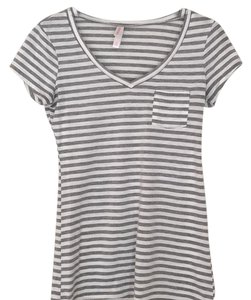 Xhilaration T Shirt Gray