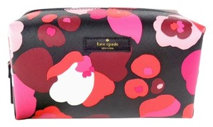 Kate Spade Kate Spade WLRU2679 Medium Davie Laurel Way Floral Cosmetic Case
