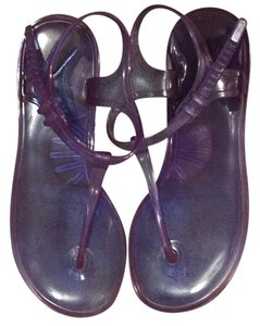 Vera Wang Lavender Label Sandals