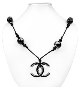 Chanel XL CC BEADED NECKLACE - BLACK ROPE BLACK & WHITE CHARM CAMELLIA PEARL