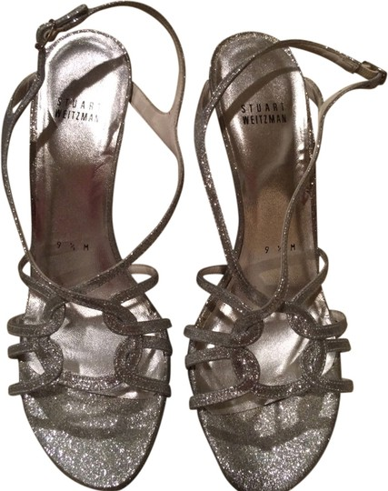 Preload https://item4.tradesy.com/images/stuart-weitzman-silver-sparkle-sandals-1978793-0-0.jpg?width=440&height=440