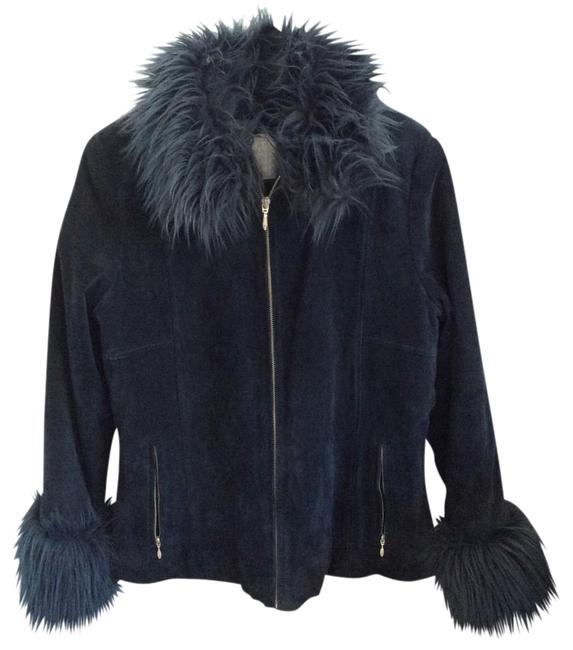 Preload https://img-static.tradesy.com/item/19787943/wilsons-leather-royal-blue-suede-unknown-fur-coat-size-12-l-0-1-650-650.jpg