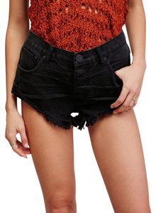 One Teaspoon Cut Off Shorts Black Panther