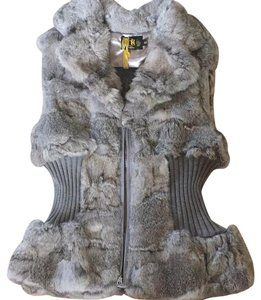 Metric knits fur collection Vest