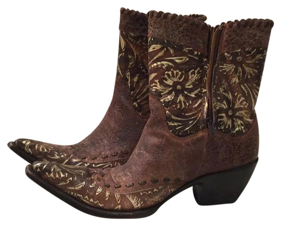 Brown with Gold Gold with Boots/Booties 05678b