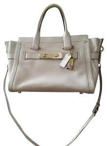 Coach Satchel in Chalk