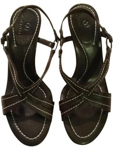 Cole Haan Leather Made In Brazil Rubber Sole Brown with white thread Sandals