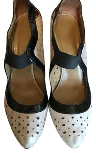 Vero Cuoio Black and cream Pumps