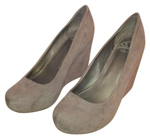 Fergalicious by Fergie Taupe/grey Wedges