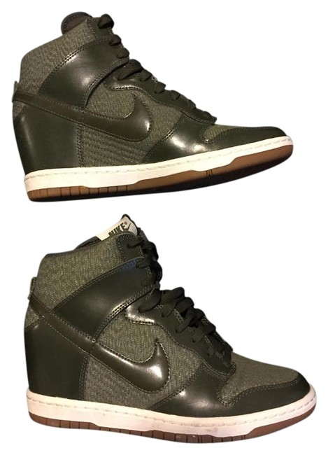Item - Olive Green Womens Dunk Sky Hi Essential Style 644877 Sneakers Size US 8 Regular (M, B)