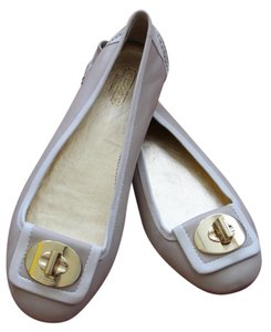 Coach Beige and white Flats