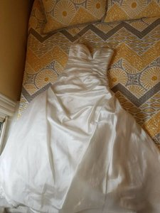 La Sposa Fresa Wedding Dress