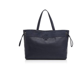 Tory Burch Tote in DARK BLUE