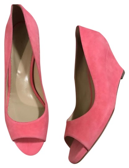 Preload https://img-static.tradesy.com/item/19794710/sergio-rossi-new-w-tag-coral-color-suede-wedges-size-us-95-regular-m-b-0-1-540-540.jpg