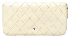 Chanel Chanel Diamond Stitched Lambskin zip around Wallet Clutch Bag