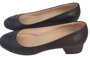 Chanel Black/Brown Leather Pumps