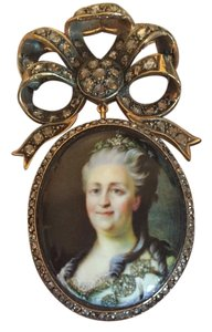 Victorian Russian Imperial Queen Cameo Diamond Enamel Brooch