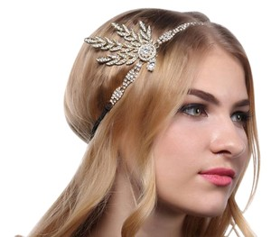 Flapper Great Gatsby Inspired Leaf Medallion Pearl Headpiece Headband