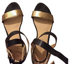 Enzo Angiolini Black Gold Sandals