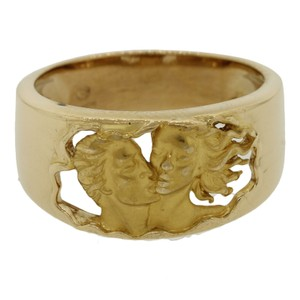Carrera y Carrera Carrera Y Carrera 18k Yellow Gold Adam & Eve Carved Kissing Love Ring