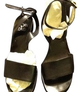 Joan & David Leather Wood Sole Made In Italy Black Sandals