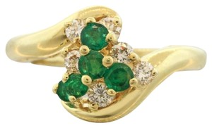 Henry Dunay Designs Henry Dunay 18k Gold Green Emerald & Diamond Cocktail Ring