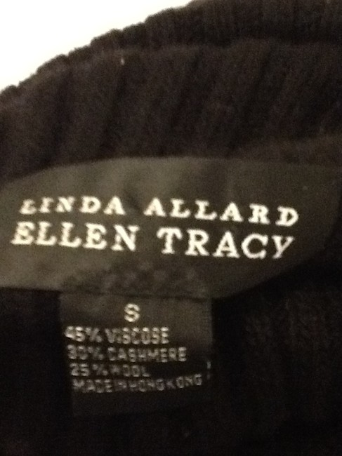 Ellen Tracy Made In Hong Kong 46% Viscose 30% Cashmere 25% Wool Sweater Image 1