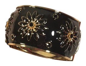 Kate Spade Black Enamel Rhinestone Chrysanthemum Floral Flowers Hinged Bangle