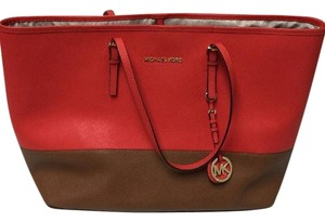 Michael Kors Saffiano Leather Medium Tote in Mandrain/Luggage