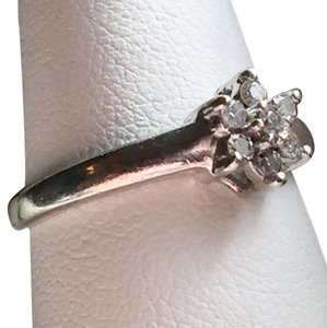 Vintage 10k White Gold ADL flower Genuine Diamond Ring