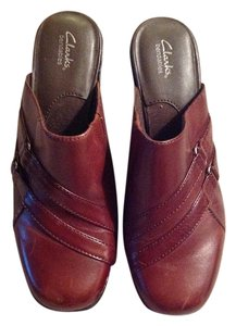 Clarks Maroon/brown Mules
