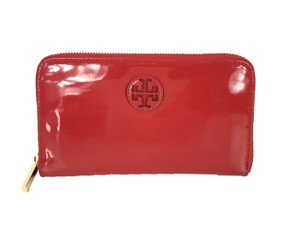 Tory Burch Patent Leather Stacked Logo Zip Around Continental Wallet Berry Red