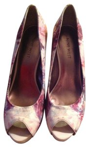 Nine West Multicolored Pumps